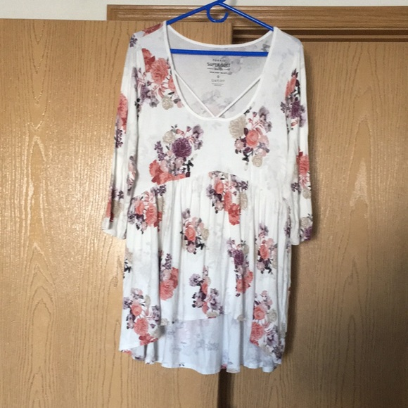 Torrid Off White Floral Babydoll 3/4 Sleeve Super Soft Knit Top Size 0 Large 12